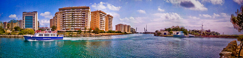 A panoramic view of La Manga del Mar Menor in Murcia, Spain. Photo via Wikimedia / Frajper.