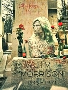 Jim Morrisons ever-changing memorial. Photo via Wikimedia, by torbakhopper.